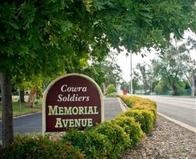 Memorial Avenue in Cowra - Accommodation Nelson Bay