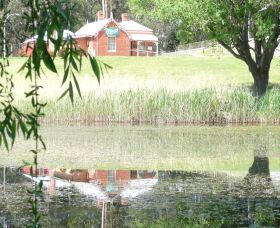 Queanbeyan Art Society - Accommodation Nelson Bay
