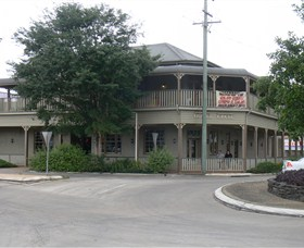 The Hotel Cecil - Accommodation Nelson Bay