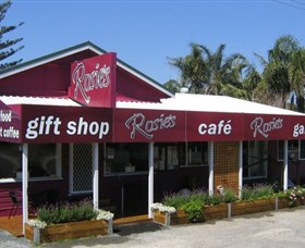 Rosies Cafe and Gallery - Accommodation Nelson Bay