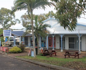 Laurieton Riverside Seafoods - Accommodation Nelson Bay
