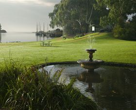 Richard Gutteridge Gardens - Accommodation Nelson Bay