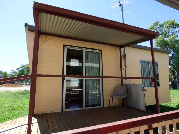 Manusu House and Cabin - Accommodation Nelson Bay