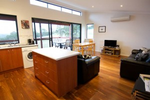 Karrak Reach Forest Retreat - Accommodation Nelson Bay