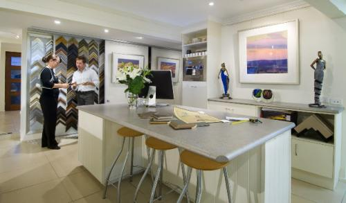 Art Nuvo Gallery - Accommodation Nelson Bay