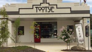 Tootsie Fine Art and Design - Accommodation Nelson Bay