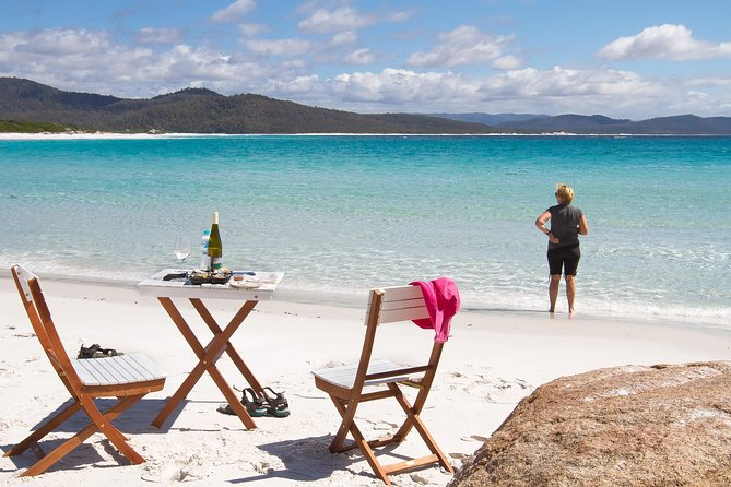 4x4 and Lunch Full Day Freycinet and Wineglass Bay - Accommodation Nelson Bay