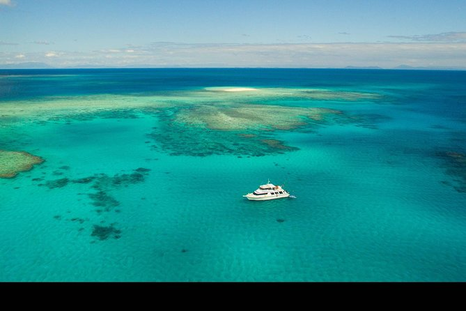 Great Barrier Reef Dive and Snorkel Cruise from Mission Beach - Accommodation Nelson Bay
