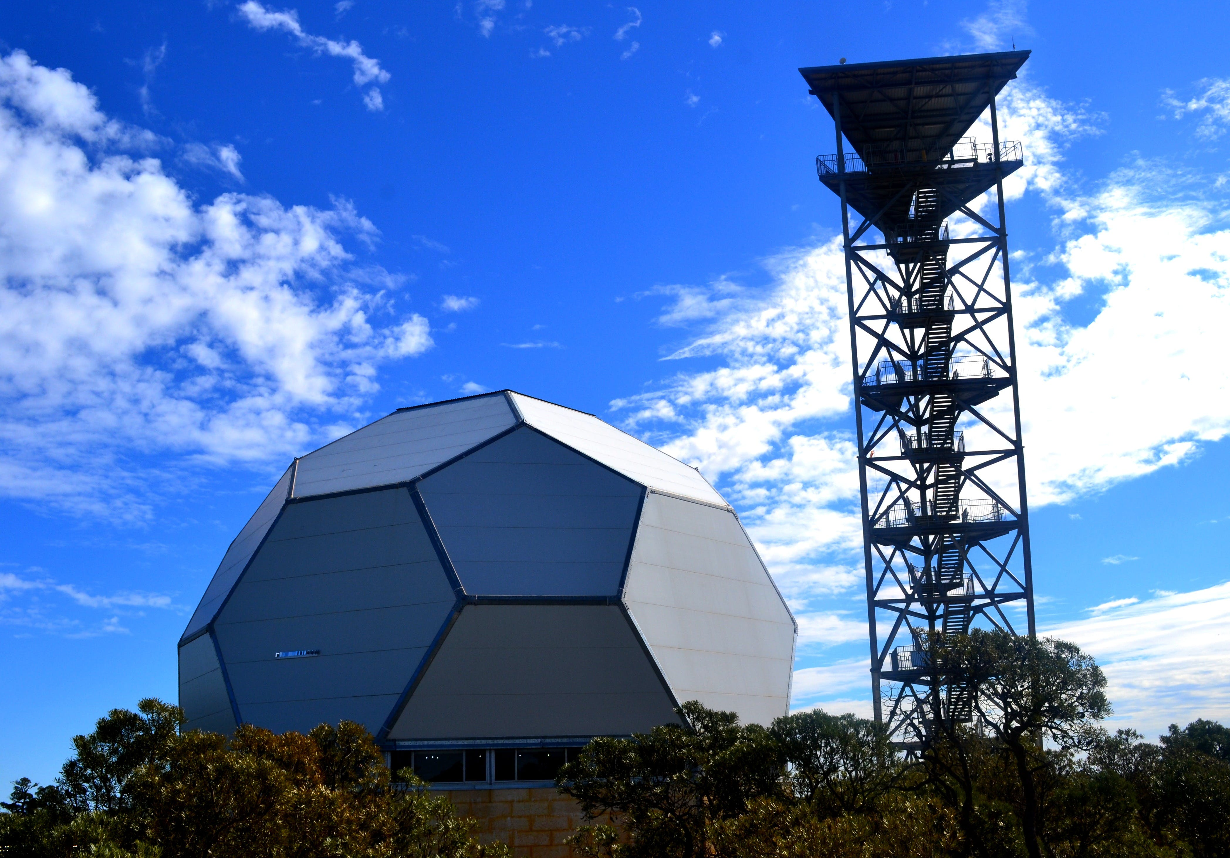 Gravity Discovery Centre and Observatory - Accommodation Nelson Bay