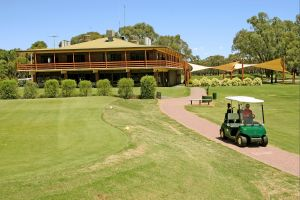 Coomealla Golf Club - Accommodation Nelson Bay