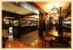 Waxy's Irish Pub - Accommodation Nelson Bay