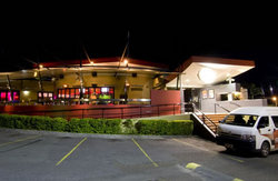 Fitzy's Hotel - Accommodation Nelson Bay