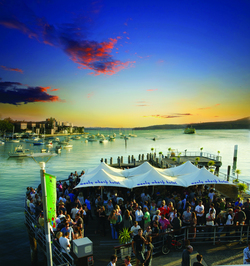 Manly Wharf Hotel - Accommodation Nelson Bay