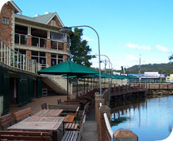 The Woodport Inn - Accommodation Nelson Bay