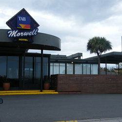 Morwell Hotel - Accommodation Nelson Bay