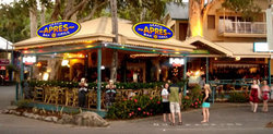 Apres Beach Bar  Grill - Palm Cove - Accommodation Nelson Bay