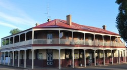 Brookton Club Hotel - Accommodation Nelson Bay