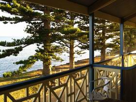 Robe Hotel - Accommodation Nelson Bay