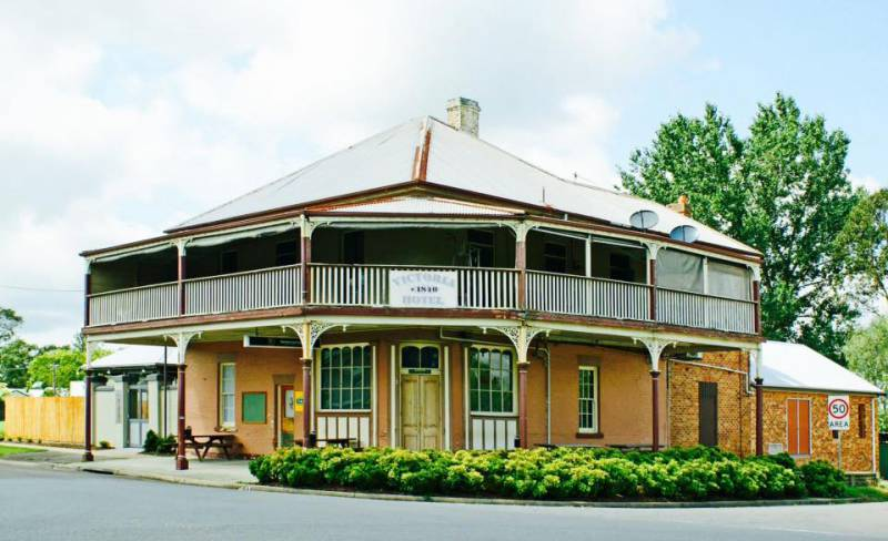 The Victoria Hotel Hinton - Accommodation Nelson Bay
