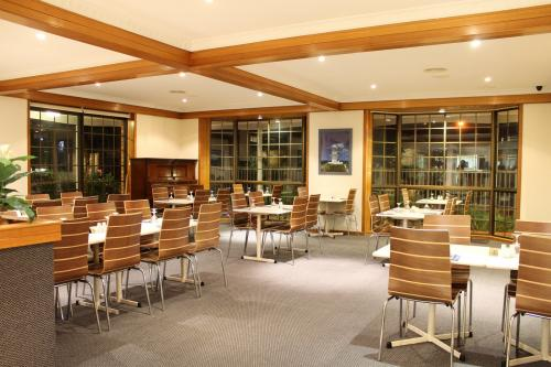 Seafarer Restaurant - Accommodation Nelson Bay