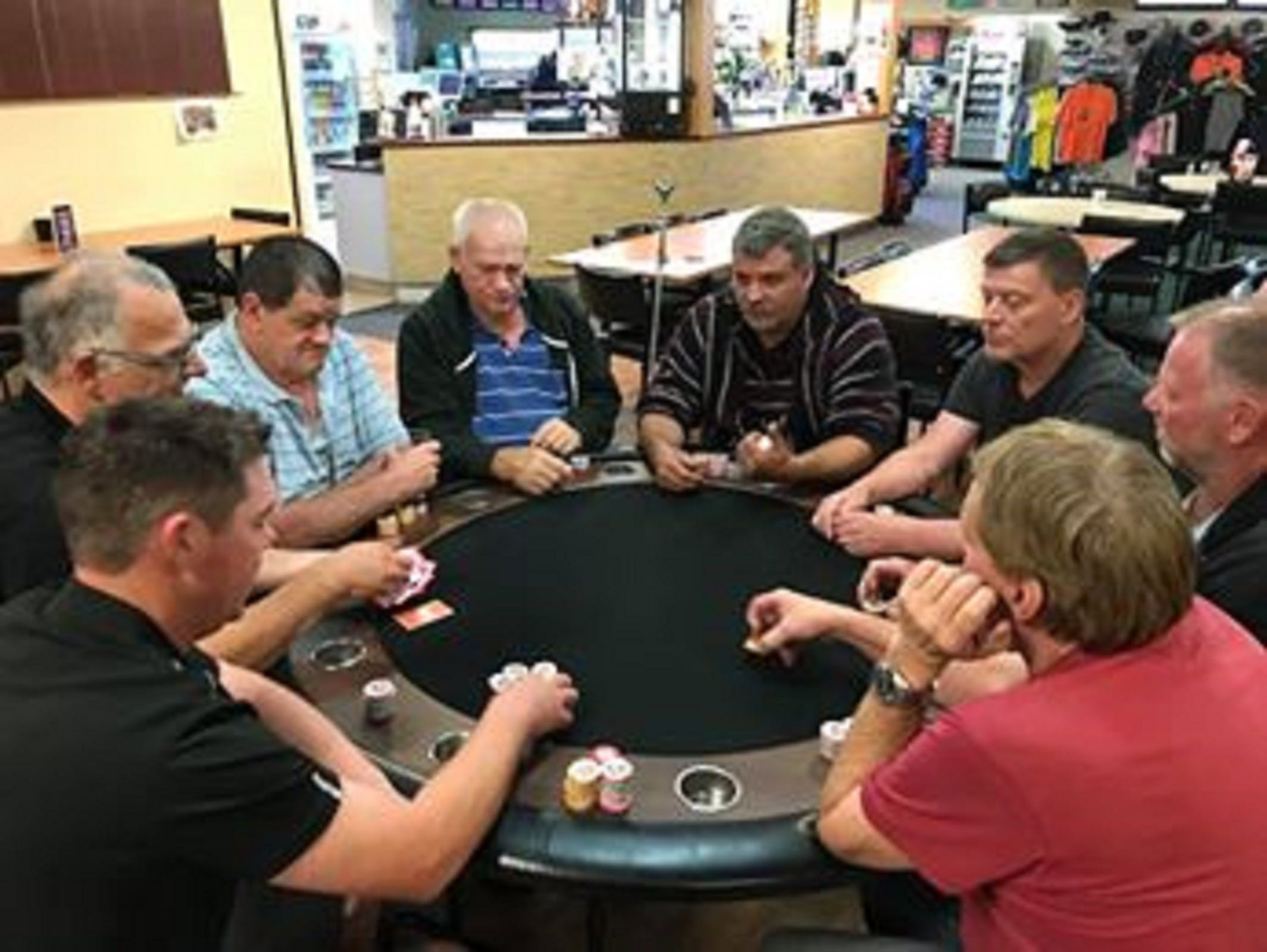 Numurkah Golf and Bowls Club - Poker Wednesday - Accommodation Nelson Bay