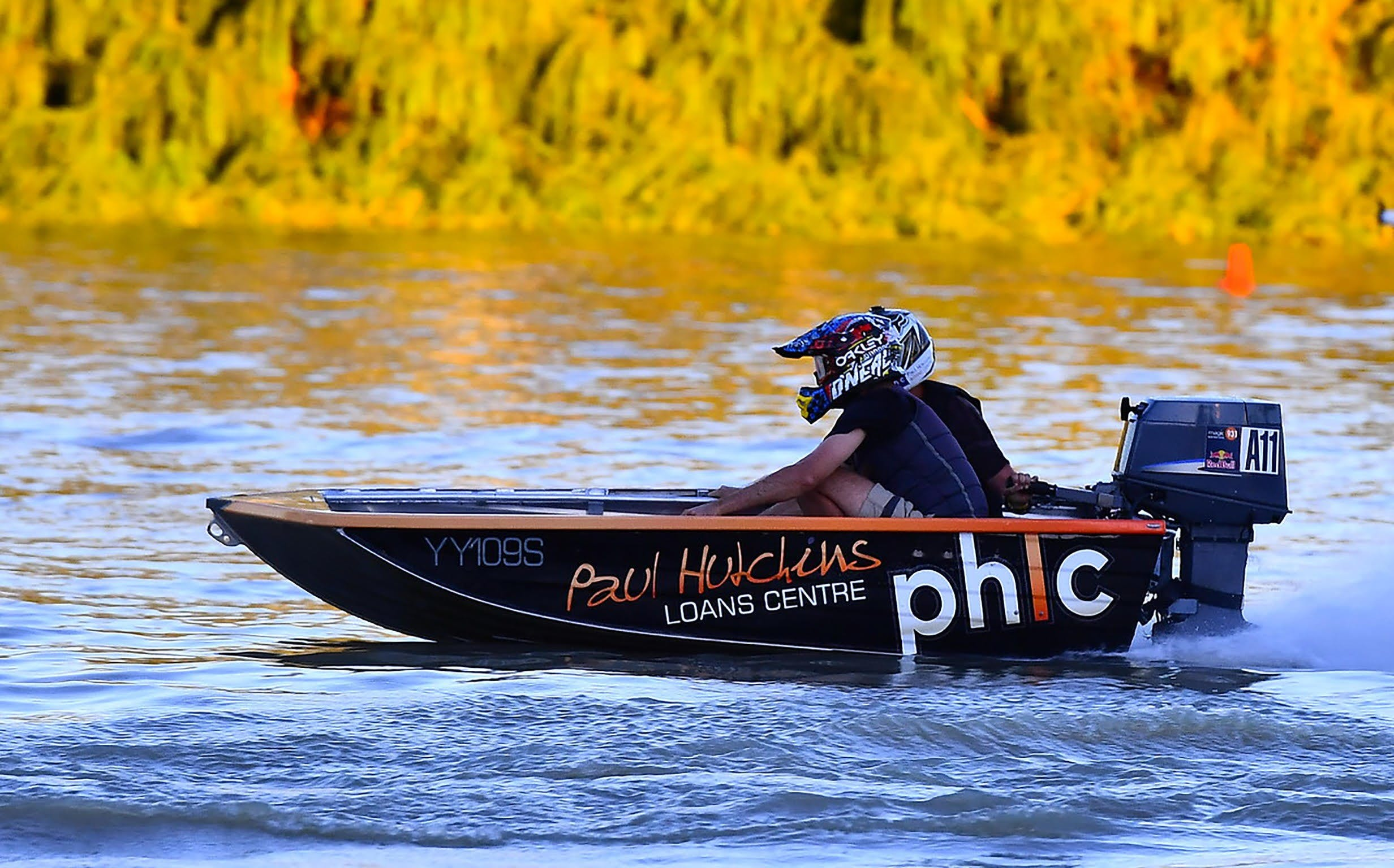 Round 6 Riverland Dinghy Club - The Paul Hutchins Loan Centre Hunchee Run - Accommodation Nelson Bay