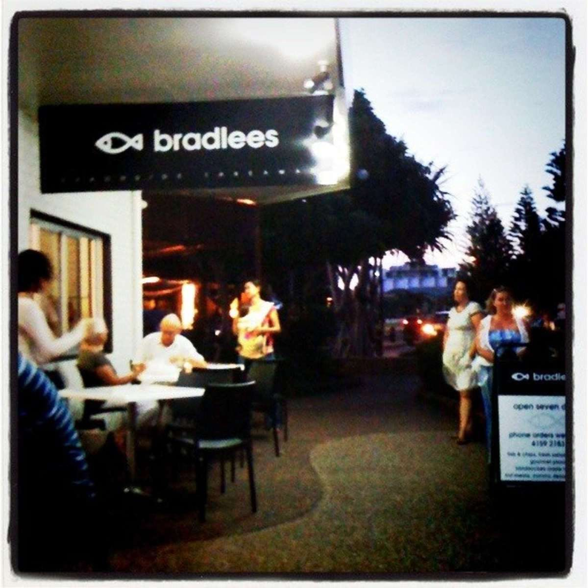 Bradlees on the Beach - Accommodation Nelson Bay