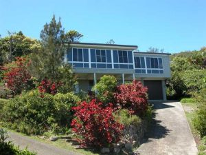 Bally High 20 Dulconghi Street - Accommodation Nelson Bay