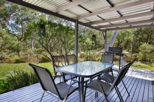 Wildwood - Pet Friendly - 5 Mins to Beach - Accommodation Nelson Bay