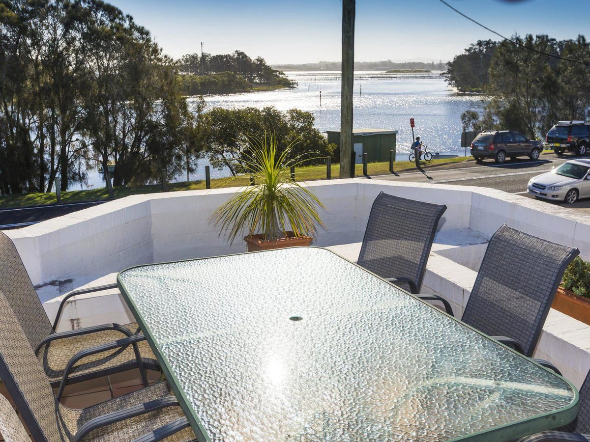 2 The Breckenridge - Accommodation Nelson Bay