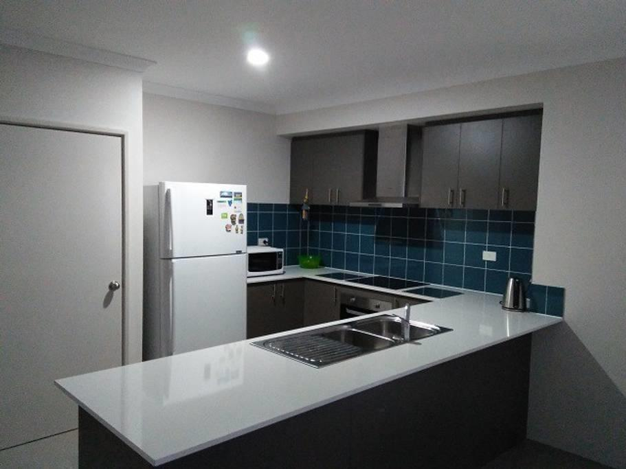 Near Train Station - Accommodation Nelson Bay