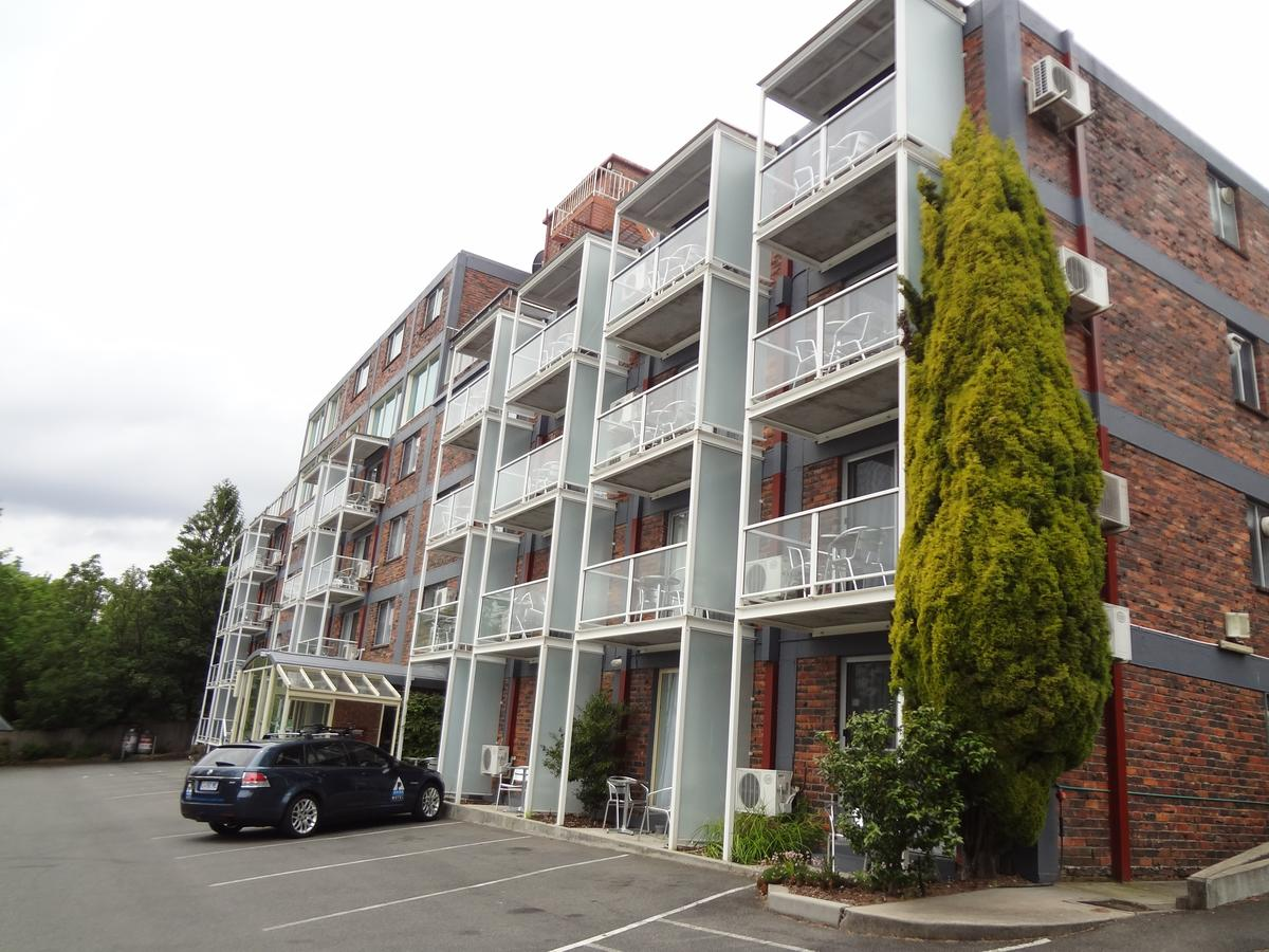 Adina Place Motel Apartments - Accommodation Nelson Bay