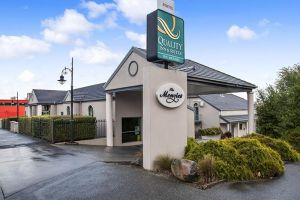 Quality Inn  Suites The Menzies - Accommodation Nelson Bay