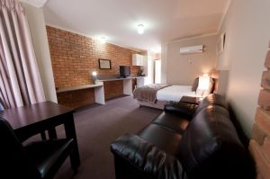 National Hotel Complex Bendigo - Accommodation Nelson Bay