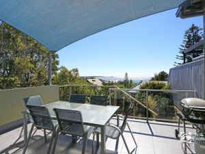 Angourie Blue 1 - Great Ocean Views - Surfing beaches - Accommodation Nelson Bay