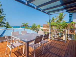Angourie Blue 4 - close to surfing beaches and national park - Accommodation Nelson Bay