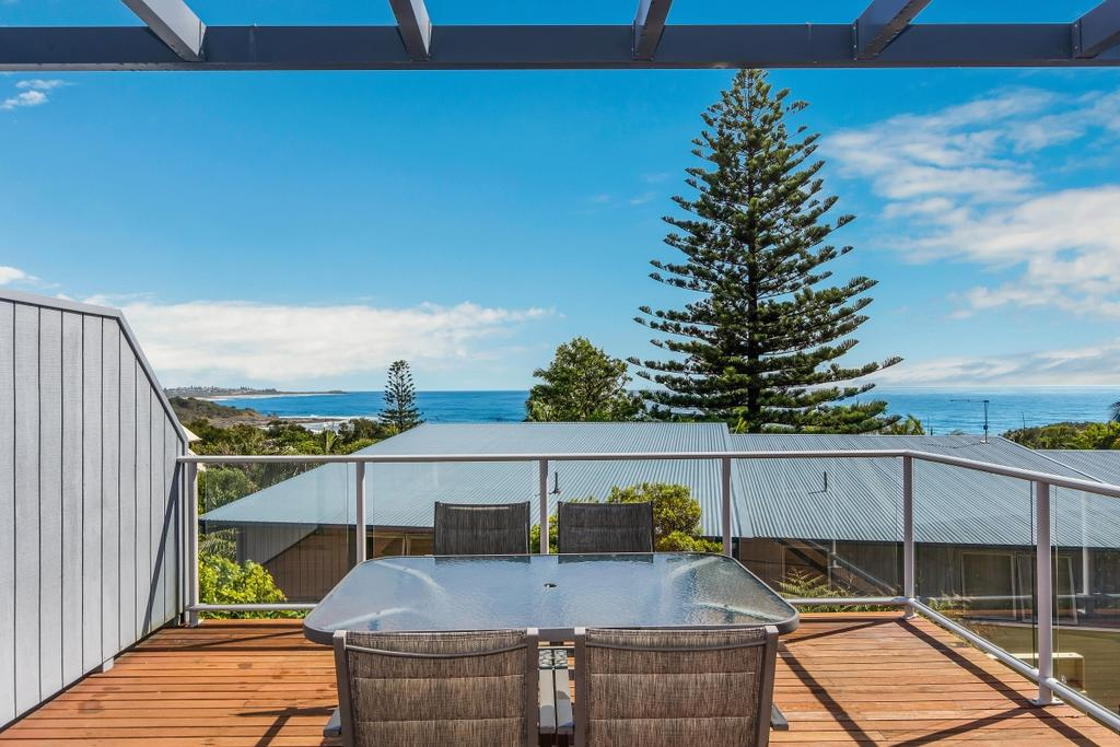 Angourie Blue Unit 2 - Accommodation Nelson Bay