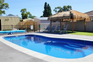 Avondel Caravan Park - Accommodation Nelson Bay